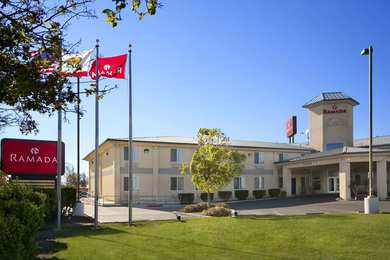 Ramada Inn Williams