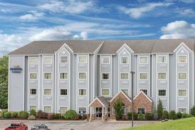 Microtel Inns & Suites by Wyndham Waynesburg