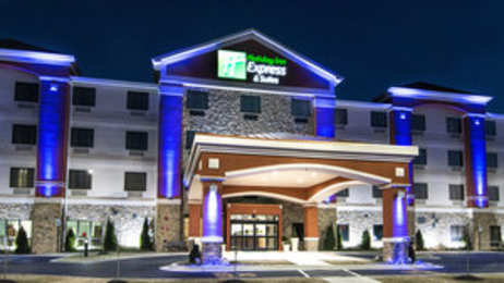 Holiday Inn Express Hotel & Suites Elkton
