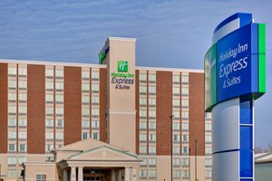 Holiday Inn Express Hotel & Suites Chatham
