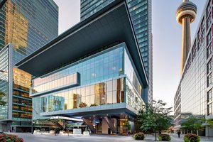 Hotels Near Air Canada Centre Toronto See All Discounts