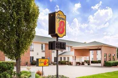 Super 8 Hotel Pekin
