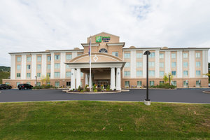 Holiday Inn Express Hotel & Suites Dickson City