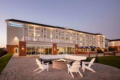 Wyndham Newport Hotel Middletown