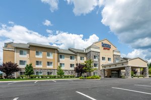 Fairfield Inn & Suites by Marriott Slippery Rock