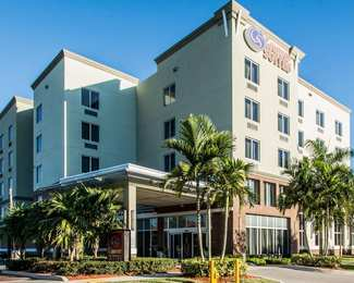 Comfort Suites Airport North Miami Springs