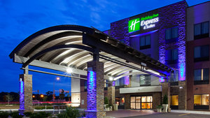 Holiday Inn Express Hotel & Suites Medical Center Rochester