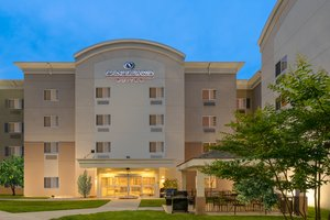Hotels Near Fort Meade See Military Discounts