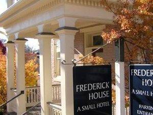 Frederick House Hotel Staunton