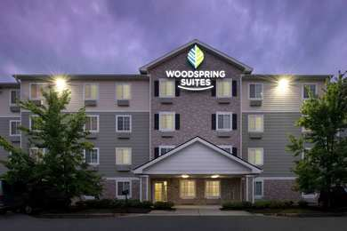 Woodspring Suites Apex