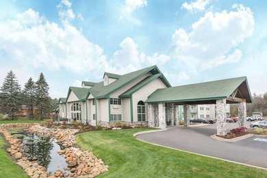Baymont Inn & Suites Baxter