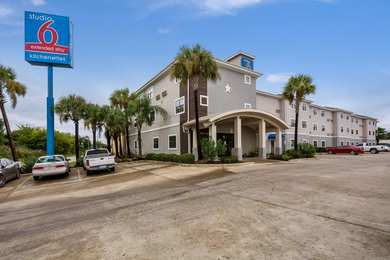 Studio 6 Extended Stay Hotel Beaumont