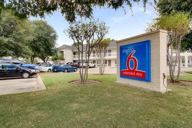 Studio 6 Extended Stay Hotel North Richland Hills