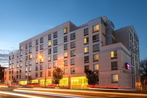 Springhill Suites By Marriott Laguardia Corona