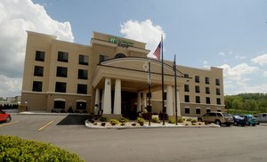 Holiday Inn Express Hotel Suites Somerset