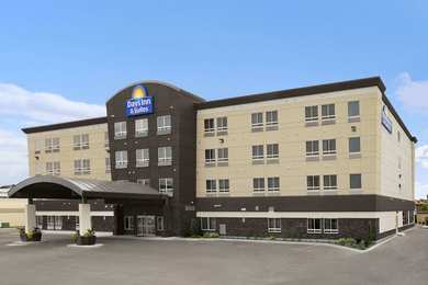 Days Inn & Suites Airport Winnipeg