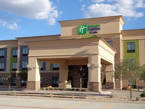 Holiday Inn Express Hotel Suites South Lubbock