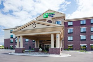 Holiday Inn Express Hotel & Suites Shakopee