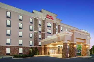 Hampton Inn & Suites Valley View Mall Roanoke