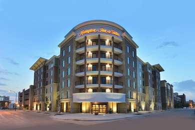 Hampton Inn & Suites Downtown Des Moines