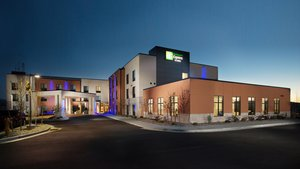 Holiday Inn Express Hotel & Suites Pocatello