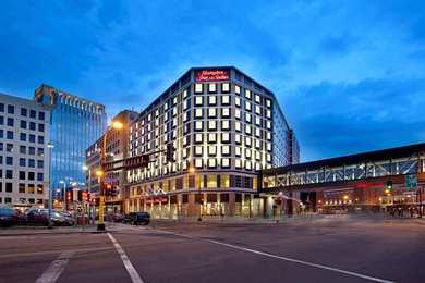Hampton Inn Suites Downtown Minneapolis