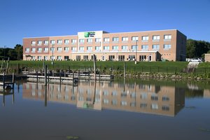 Holiday Inn Express Hotel & Suites Port Huron