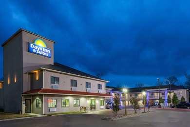 Days Inn Suites Madisonville