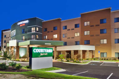 Courtyard By Marriott Hotel Auburn