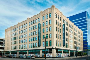 SpringHill Suites by Marriott Downtown Milwaukee
