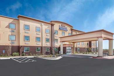 Baymont Inn Suites Midland
