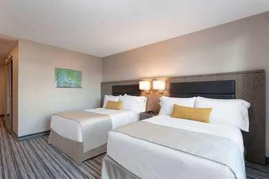 Wyndham Garden Hotel Rego Park