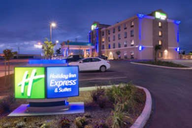 Holiday Inn Express Hotel & Suites Airport Bakersfield