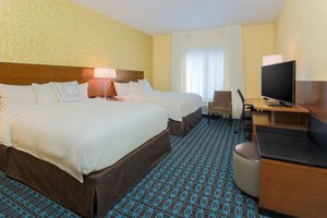 Fairfield Inn Suites By Marriott Alexandria
