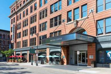 Homewood Suites By Hilton Downtown Grand Rapids