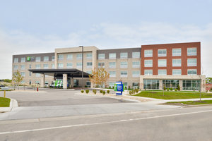 Holiday Inn Express Hotel & Suites East Madison
