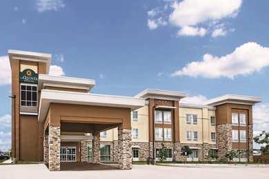 La Quinta Inn Suites I 10 East San Antonio