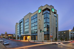 AC Hotel by Marriott Downtown Des Moines