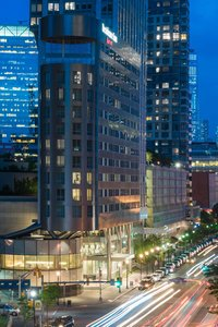 25 Hotels TRULY CLOSEST to Newport Centre Mall, Jersey City