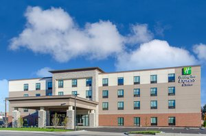 Holiday Inn Express Hotel & Suites Atchison