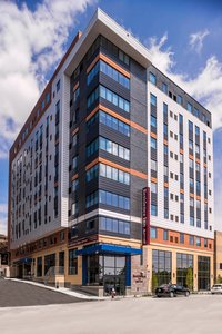 Residence Inn By Marriott University Place Oakland