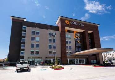 La Quinta Inn & Suites Airport Oklahoma City