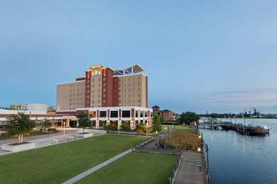 Embassy Suites Riverfront Wilmington