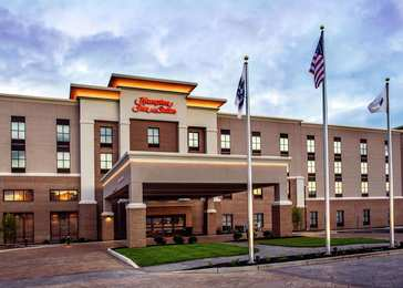 Hampton Suites Foxborough