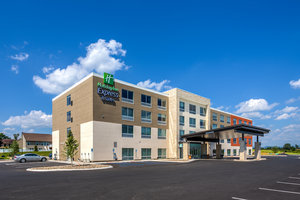 Holiday Inn Express Hotel & Suites Reedsville