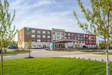 Holiday Inn Express Hotel & Suites Hammond