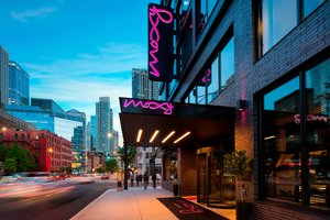 Moxy Hotel by Marriott Downtown Chicago