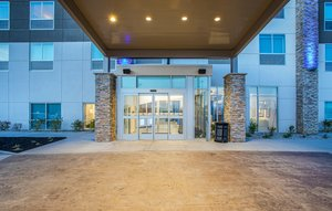 Holiday Inn Express Hotel & Suites Versailles