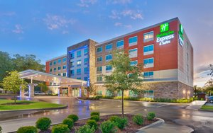 Holiday Inn Express Hotel & Suites Southwest Gainesville