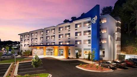 GLo Best Western Asheville Hotel